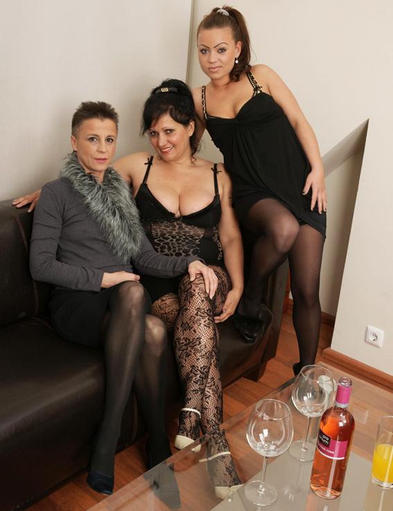 Izabella, Bella Hope, Raquella - Lesbian-Alex170 (2019/HD)