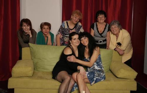 Szilvia M.,Petra K.,Hanna D.,Julianne,Karlena,Verna W.,Roza K. - SMM-Alex23