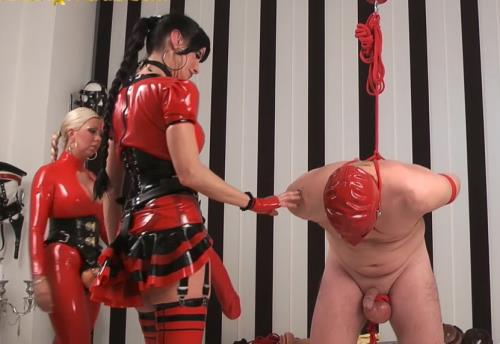 Unknown - Huge strapon and fisting domination to slave (HD)