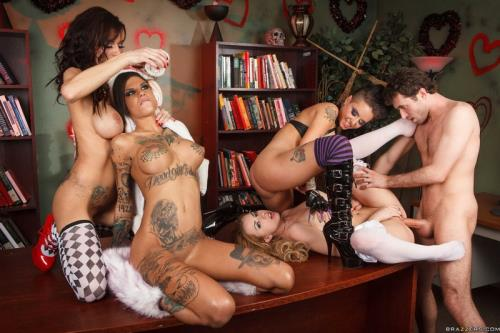 Lexi Belle, Gia Dimarco, Christy Mack, Bonnie Rotten - Wonderland Part 2 (FullHD)