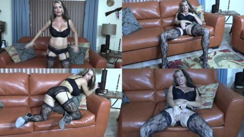 Goldie Blair - Mummys Valentine (20.02.2019/Clips4sale.com/SD/540p)