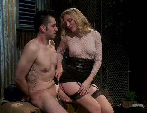 Mona Wales - Mona Wales milks her d s new associate for assets (759 MB)