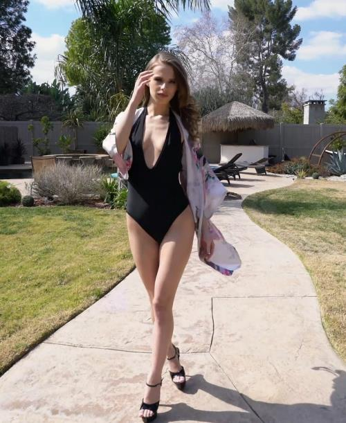 Jillian Janson - Jillian Janson First BBC DP only here for LP members to enjoy this girl is a superstar and she took it like one AA008