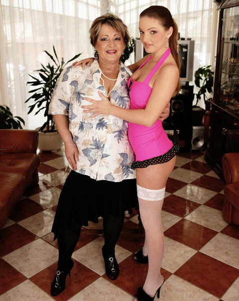 Mabella(51), Julianna(18) - Lesbian-Alex65 [Mature] (HD WMV 1.26 GB 2019)