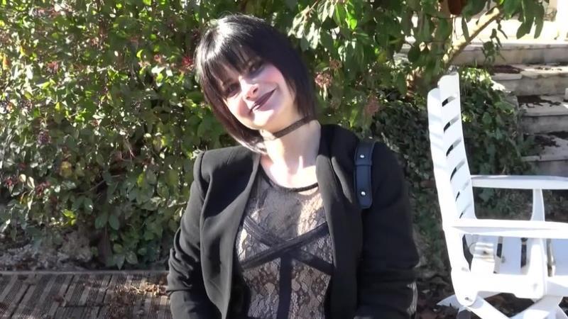 Indecentes-Voisines: Milana Milana se Regale [FullHD 1080p]