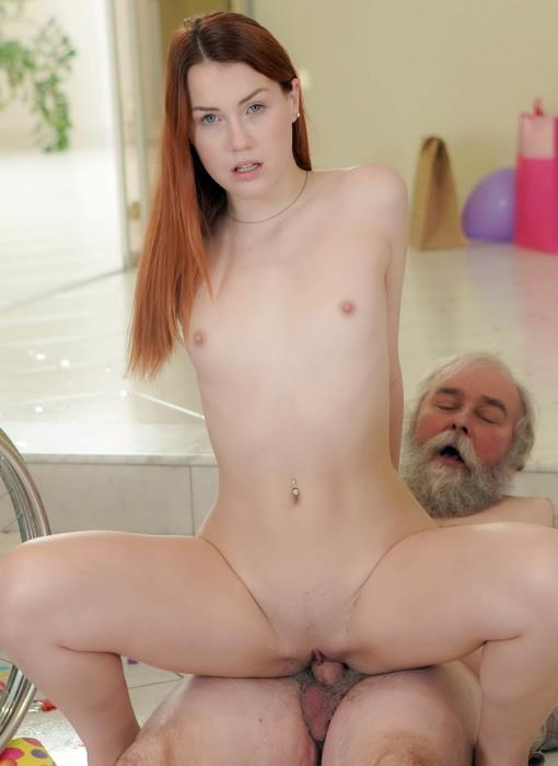 Charli Red - All Inside The Family Ep.4 Granddad Having The Time Of His Life (HD 720p) - ClubSevenTeen.com - [2019]