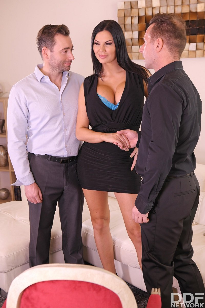 Jasmine Jae - Double Milf Domination [DDFNetwork] 2019