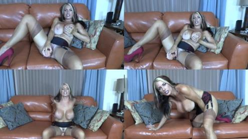 Goldie Blair - Mummys Tit Boy (20.02.2019/Clips4sale.com/HD/720p)