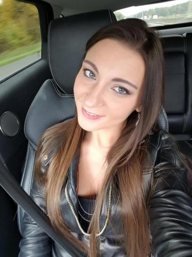 Julie Skyhigh - Gangbang (2.98 GB)