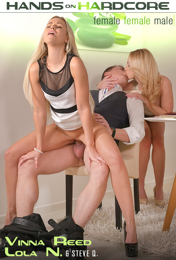 Lola N. aka Dido Angel,Vinna Reed - Dinner Orgy: Threesome Makes Him Cum On Two Hot Blondes [SD 360p] 2019