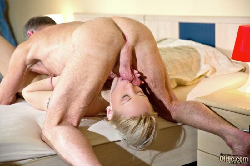 Lola Taylor: Room Service Sex (FullHD / 1080p / 2019) [Oldje]