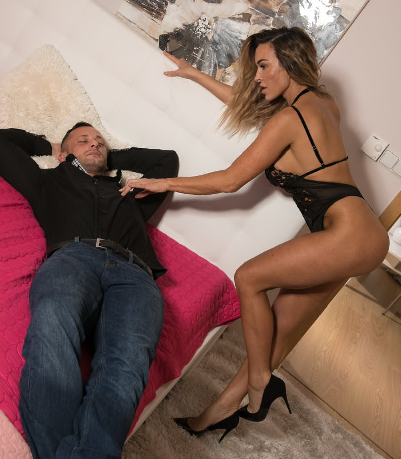 DaneJones/SexyHub: Aubrey Black Horny wife gives husband rough ride [SD 480p]