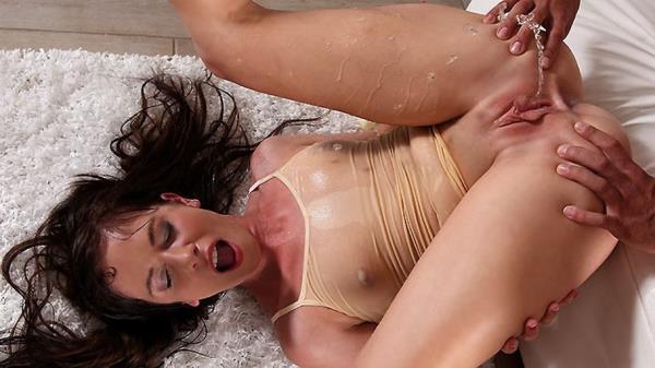 VIPissy: Jessica Rox - Wet Yoga (FullHD) - 2019