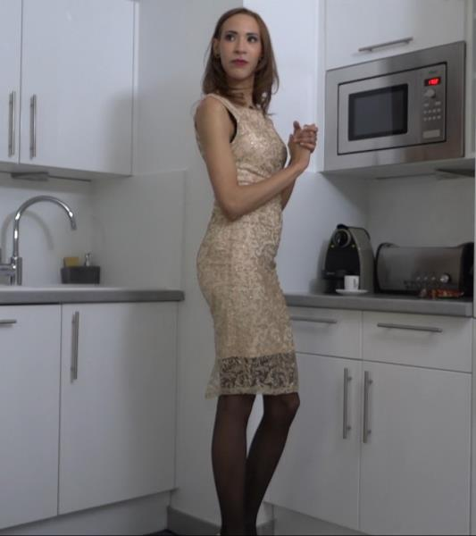 Lucie - Lucie seclate en double (2019/FullHD)