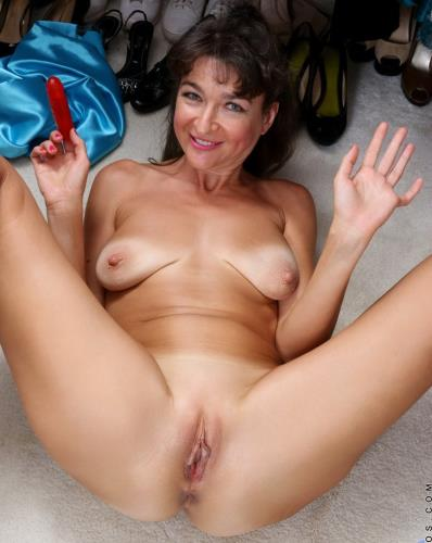 Belinda Brush - Sexy Mature (FullHD)