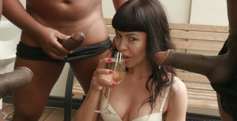 Sasha Colibri - Sasha Colibri discovers black feeling,takes BBC shower IV186 [LegalPorno] (HD|MP4|2.08 GB|2019)