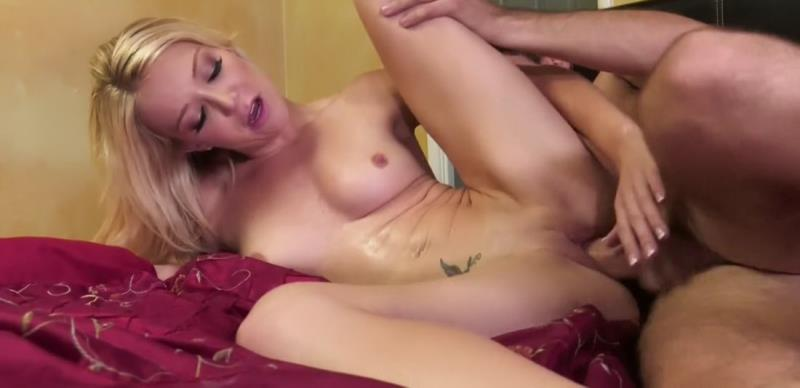 Clips4Sale: Various Actris My stepmom caught me jerkingoff [HD 720p]
