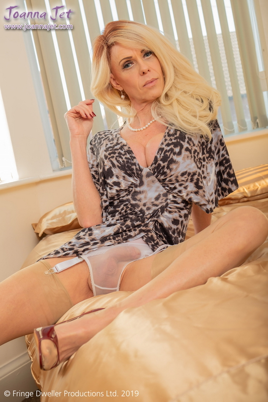 Joanna Jet - Joanna Jet | Me and You 348 | Cougar Seduction [FullHD, 1080p]