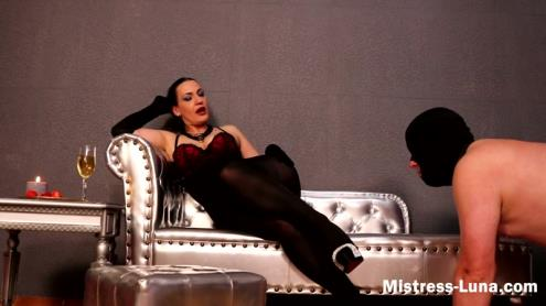 Mistress Luna - Arousing Pantyhose (02.03.2019/Clips4Sale.com, Mistress-Luna.com/HD/720p)