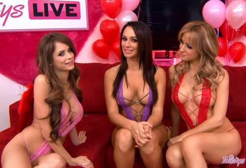 Emily Addison, Destiny Dixon, Angela Sommers - Twistys Live 18 (HD)