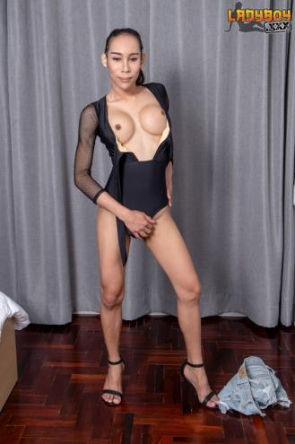 EikQ - Gorgeous EikQ Is Here Again! [FullHD, 1080p] [LadyBoy.xxx]