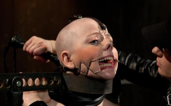 Alani Pi,Coral Aorta - Alani Pi - Head Shaved Slut Live Show - Part 1 [HD 720p] 2019