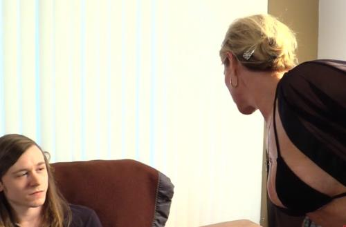 Amanda - Verhooks Sons Fun In Mums Bum (FullHD)