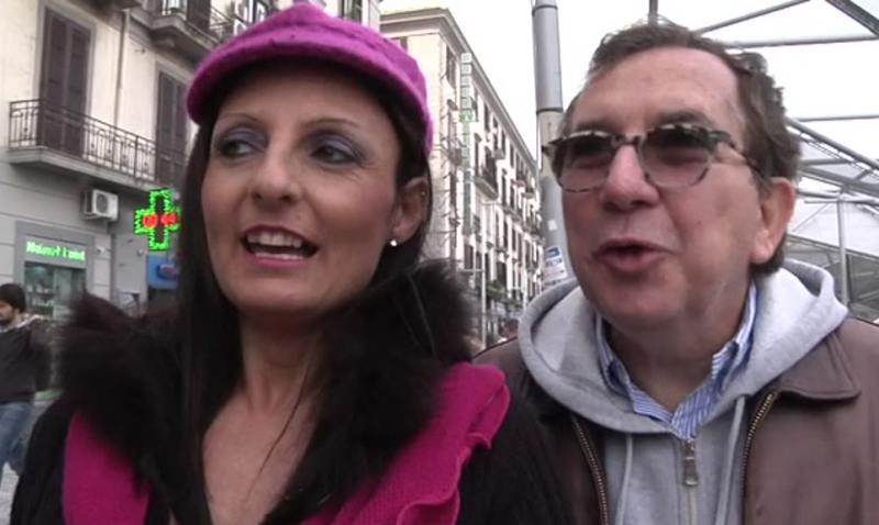 JacquieetMichelTV/Indecentes-Voisines: Barbara Naples : Barbara, gros seins et sodomie ! [SD 360p]