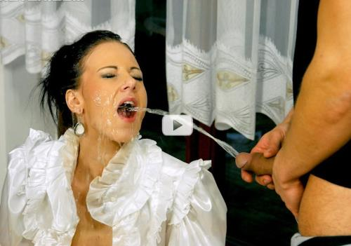 Nathaly Cherie - Pisser On The Prowl (HD)