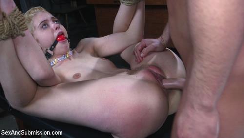 Chloe Cherry - Job Hunt [HD, 720p] [SexAndSubmission.com, Kink.com]