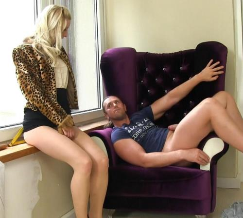 Uma - Dick And Piss That Animalistic Chick (FullHD)