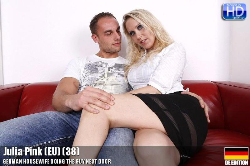 Julia Pink - mat-ros006 (Mature.nl) [HD 720p]