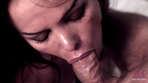 Bia Mastroianni - Red Passion (01.03.2019/JolieAndFriends.com/Transsexual/FullHD/1080p)