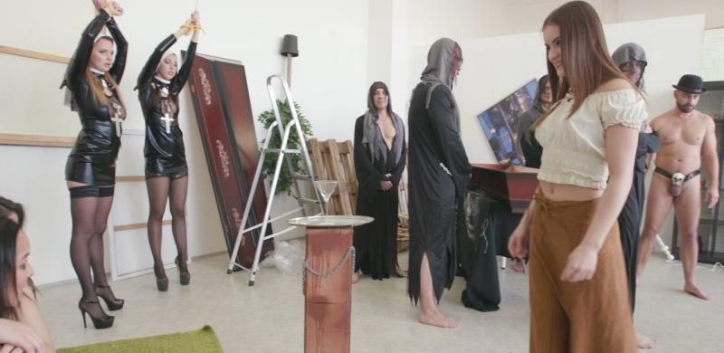[LegalPorno] Emily Thorne, Kira Thorn - Vampires Resurrection of the Princes 1of2 See Description GIO290 (HD/2019/1.77 GB)