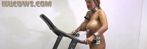 Katie - Nipple training on the treadmill [FullHD, 1080p] [HuCows.com]