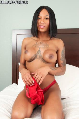China Sweet Cheeks - China Sweet Cheeks' Squirting Cumshot! (19.03.2019/Black-TGirls.com/Transsexual/FullHD/1080p)