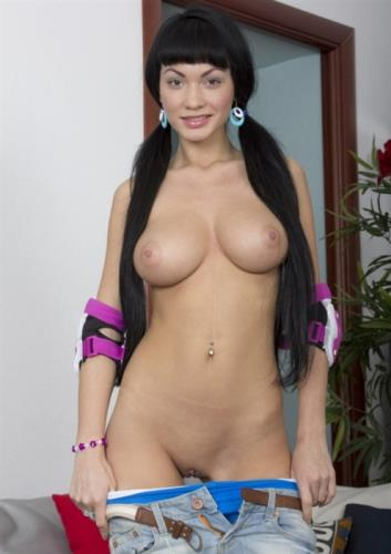 Regina Presley - Russian beauty with big boobs gets into a threesome (FullHD) 1080p