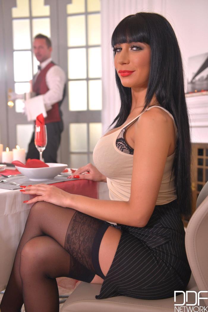 Valentina Ricci - Fuck My Valentine: Two Cocks For Double Penetration (SD 360p) - HandsOnHardcore/DDFNetwork - [2019]
