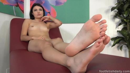 Adria Rae - Meet [FullHD, 1080p] [FootFetishDaily.com]