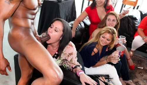 Unknown - Bachelorette Loft Party (HD)