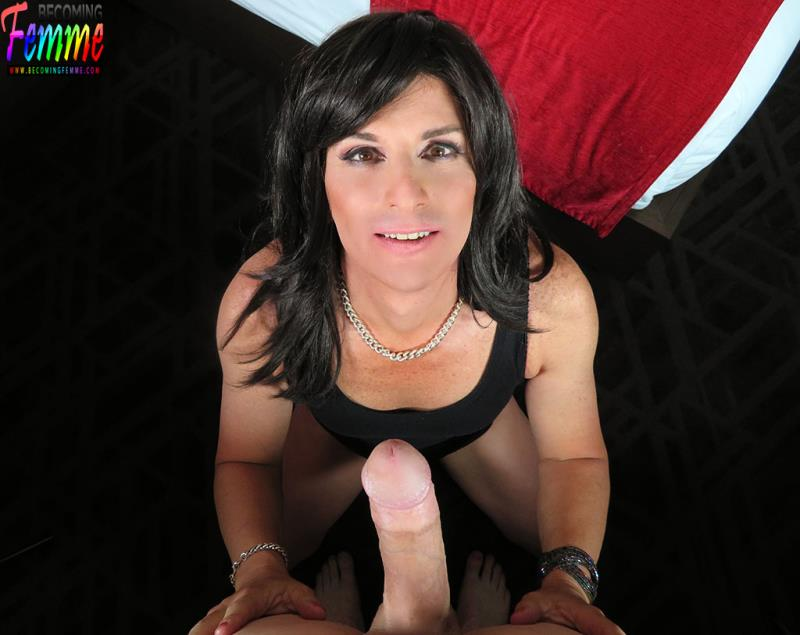 Jacquelyn James: She'S Excited About Getting Dicked Down (HD / 720p / 2019) [BecomingFemme]