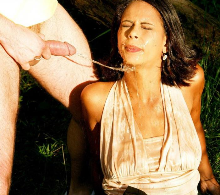 Isabella Chrystin - Piss On That Picture Perfect Face (HD 720p) - FullyClothedPissing/Tainster - [2019]