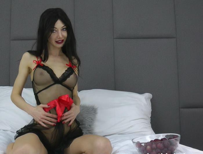 Hotkinkyjo - Hotkinkyjo and ass full of grpes (FullHD 1080p) - Hotkinkyjo - [2019]