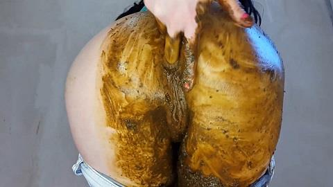 AnnaCoprofield - Jeans and Smearing (FullHD 1080p)