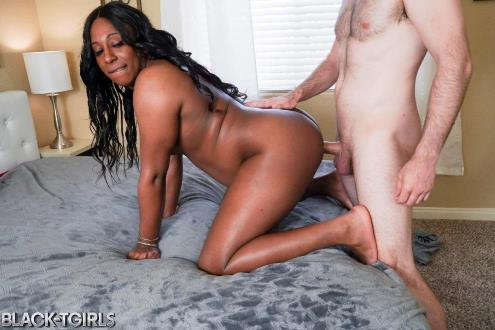 Kylie Amoi - Kylie Amoi Enjoys Hard Fucking! (13.05.2019/Black-TGirls.com/Transsexual/HD/720p)