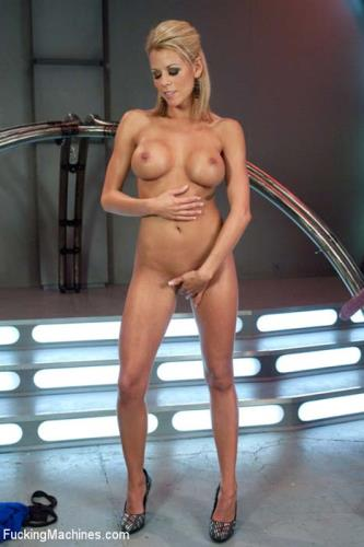 Nicole Graves - Perfection Fucked: Machine Fucking a Tan, Toned, California Girl (241 MB)