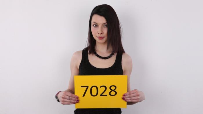 CzechCasting.com/Czechav.com - Vendula - 7028 [2019 SD] (Facial, Casting, Posing, Talking, Oil, BJ, POV, Hardcore, All Sex)
