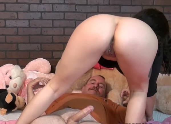 Daughter Sucks Daddys Cock