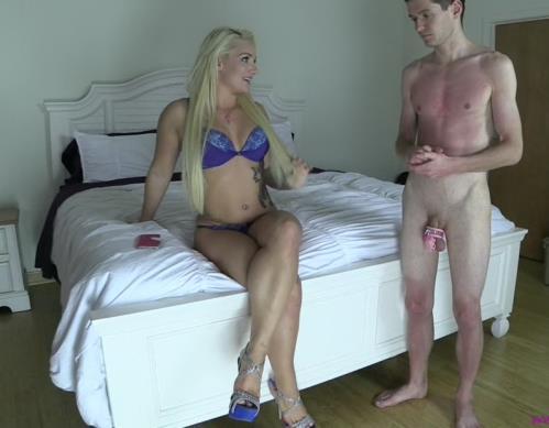 Various Actris - Facesitting Cuck Kept Under Bed (HD)