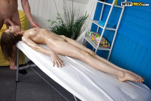Anna Taylor - Awesome massage porn with lusty babe (SD)